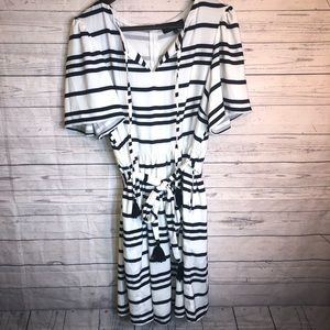 Eloquii 16 Striped Dress w pockets!!